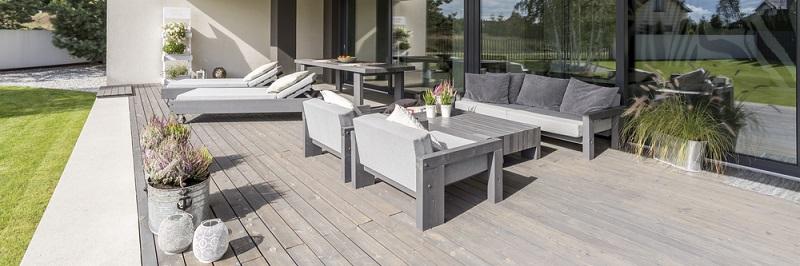 Wie auch in allen Lebensbereichen gilt bei der Gestaltung der Terrasse oder des Sitzbereichs im Garten, dass Sie einen individuellen Raum schaffen sollten, der Ausdruck Ihrer Persönlichkeit ist. (#05)
